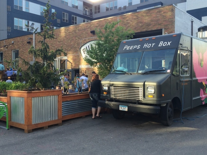 Peeps Hot Box Food Truck